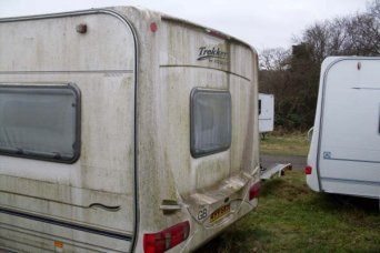 "<span style=""font-weight: bold;"">Caravan cleaning</span>"